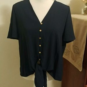 NWT Michael Lots Size Med navy top
